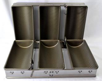 Tank Loaf Pan (Set of 3) 276x102mm, Overall Size: 400x290x113mm - SOLD OUT