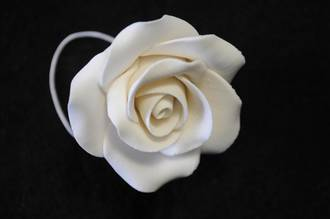 Icing White Single Rose, 50mm.  Box of 28 (wired)