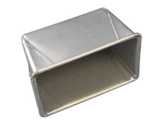 340gm Single Bread Pan - Top measure; 172x102mm, 102mm deep
