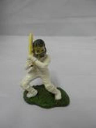 Cricket Batsman Polystone 70MM - DELETE WHEN SOLD