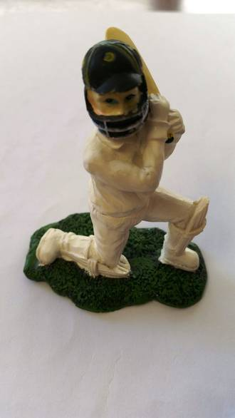 Cricket Batsman Polystone 70MM