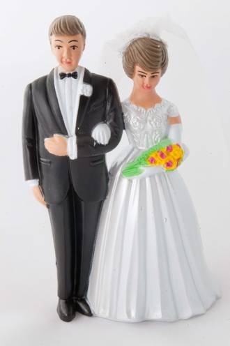 White Bride and Groom, 90mm