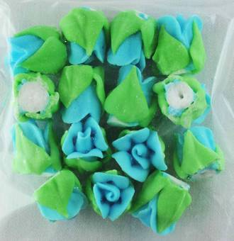 Icing Blue Roses Buds 15mm, Pkt 15