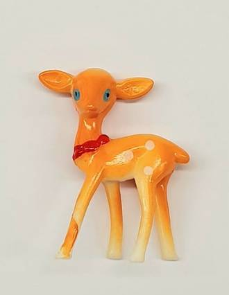 Plastic Deer with Bow 30mmx40mm