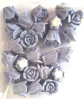 Icing Plum Frost 15mm, packet of 24 - DELETE WHEN SOLD