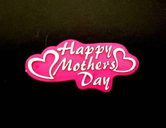 Happy Mothers Day Heart Plaque-Plastic  75 X 35 mm
