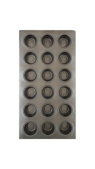 """16""""  Texas Muffin Tray - 6x3 rows Teflon (18)"""