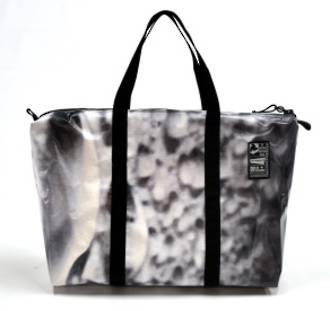 Recycled Billboard Bag - med gear 30524