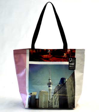 Recycled Billboard Bag - tote 40060