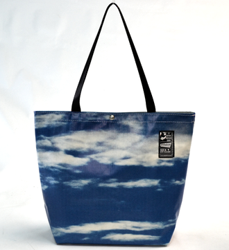 Recycled Billboard Bag - tote 40081