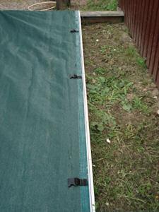 sandpit cover close up 2