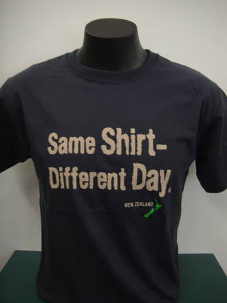 Tee Shirt Same Shirt Different Day V48595