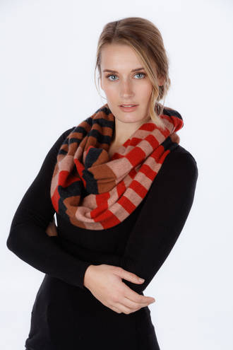 NX694  4 Tone block colour Loop Scarf