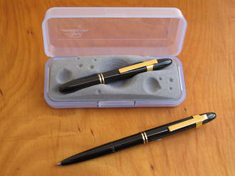 Fisher Space Pen Bullet Pen Shiny Black with Gold Clip - 400SBNR GCL