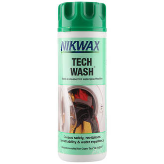 Nikwax Tech Wash Technical Cleaner for Waterproofing Textiles Recommended for Goretex and eVent-300ml