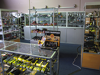 Top Gear Store picture - Knives 1 resized 335px x 251px