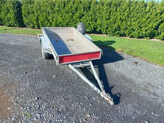 NZ manufactured 8x4