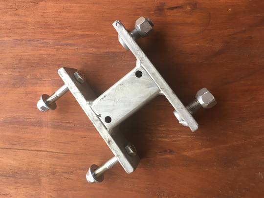 Spare wheel mount bracket