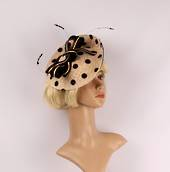 Straw hatinator w natural base contrast black spot net, bow and feathers w band Style: HS/3001