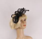 Black beauty fascinator w gorgeous sinamay bow and feathers. In elegant  black Style : HS3012/BLK