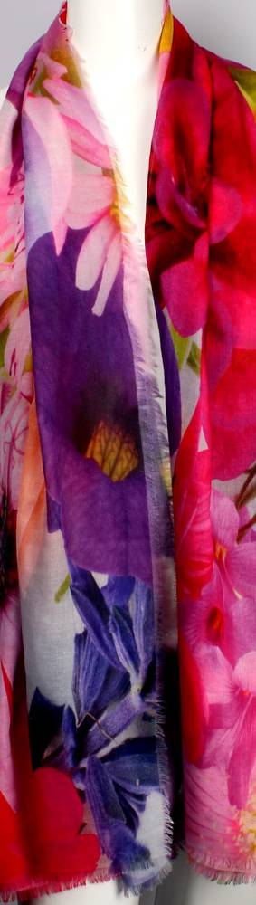 Alice & Lily printed scarf pansies Style: SC/4353/Ltd. Ed.