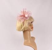 Head band crin  fascinator w feathers pink STYLE: HS/4676 /PNK