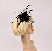 Head band feather  fascinator  black w white contrast STYLE: HS/4678 /BLK