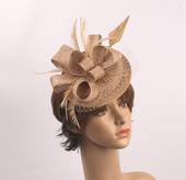 Linen band hatinater w sinamay bow and feather gold STYLE: HS/4685 /GOLD