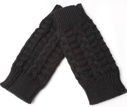 Ladies cable knit fingerless glove black Style: S/SK6254