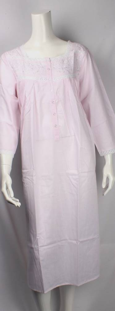 Cotton nightie w long sleeves and  embroidered flowers pink Style:AL/ND-26