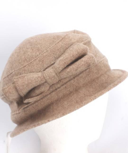 Soft wool felt hat w bow beige Style: HS/4240BGE