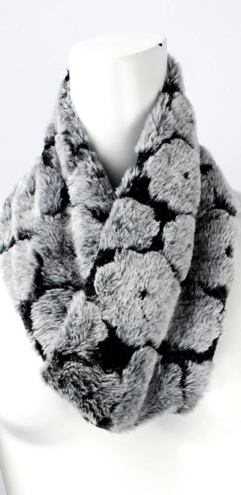 Faux fur flower snood black Style: SC/4377