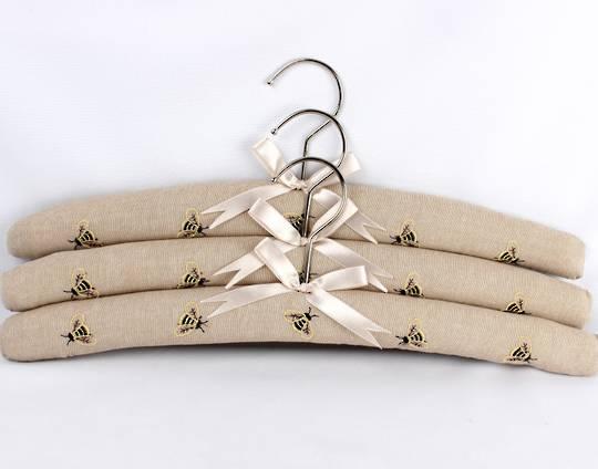 Printed padded coat hangers-set of 3 'Bees Linen' Code:EH-BEE/LIN