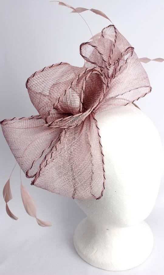 Gorgeous fascinator w beautiful  stitched edge sinamay bow blush  Style : HS3013/BLUSH