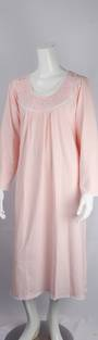 Cotton knit L/S nightie w laced round neck and embroidered floral yoke and lace hem pink Style:AL/ND-284