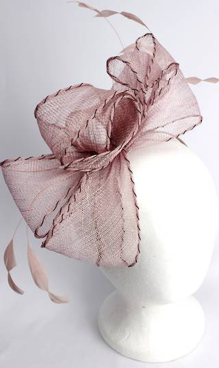 Gorgeous fascinator w beautiful  stitched edge sinamay bow blush  Style : HS3013/BLUSH