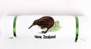 Embroidered pure cotton waffle weave souvenir tea towel 'kiwi' Code: T/T-EMB/KIW