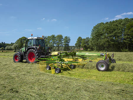 Krone Twin Rotor Centre Delivery Rakes