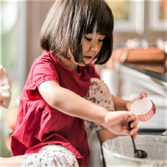 Benefits of cooking with young kids