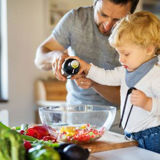 Tips on teaching young kids to cook