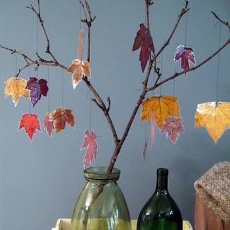 Make your own autumn tree decorations