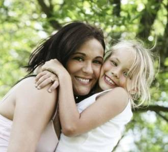 Tips on hiring a babysitter or nanny while on holiday