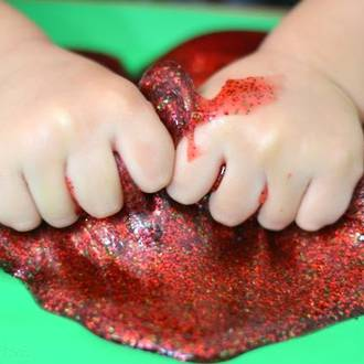 Make your own Christmas slime