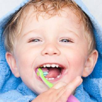 Taking care of your kids baby teeth