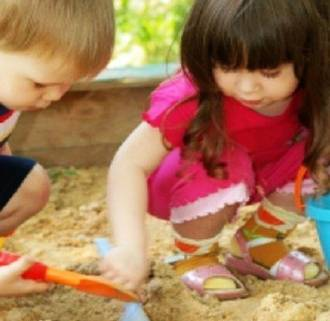 4 ways to make play dates fun