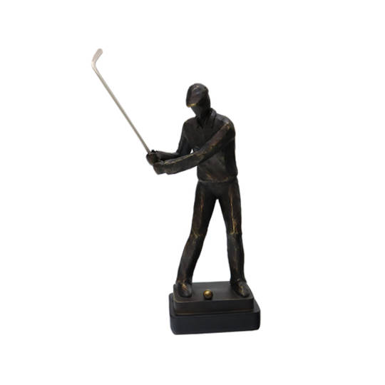 Resin Golfer Chipping