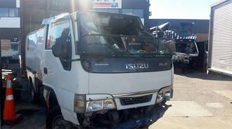 TRUCK - 4HL1 - ISUZU ELF VAN - 2003