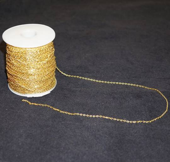BOX CHAIN EXTRA FINE GOLD PLATED 1.9X2.8MM (1 MTR)