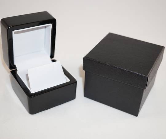 SMALL EARRING BOX GLOSS BLACK WOOD WHITE FLAP
