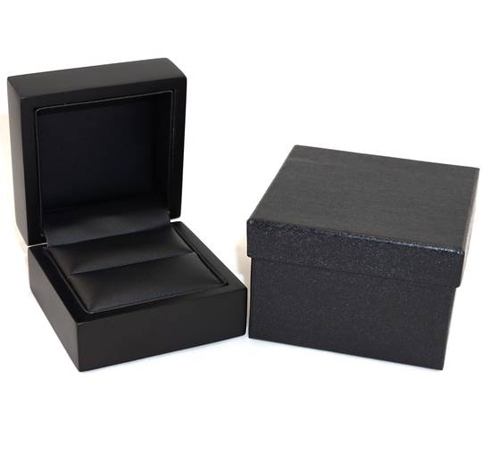 RING BOX MATT BLACK WOOD BLACK PAD